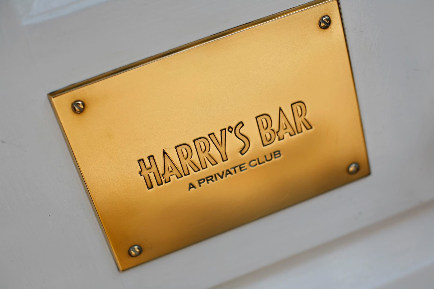 Harry's Bar London Cover Image on XploreUk